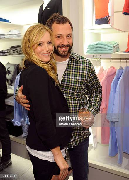 Judd Apatow and Leslie Mann attend the launch of the 2009 Pink Croc Collection to benefit the Breast Cancer Research Foundation held at the Lacoste...