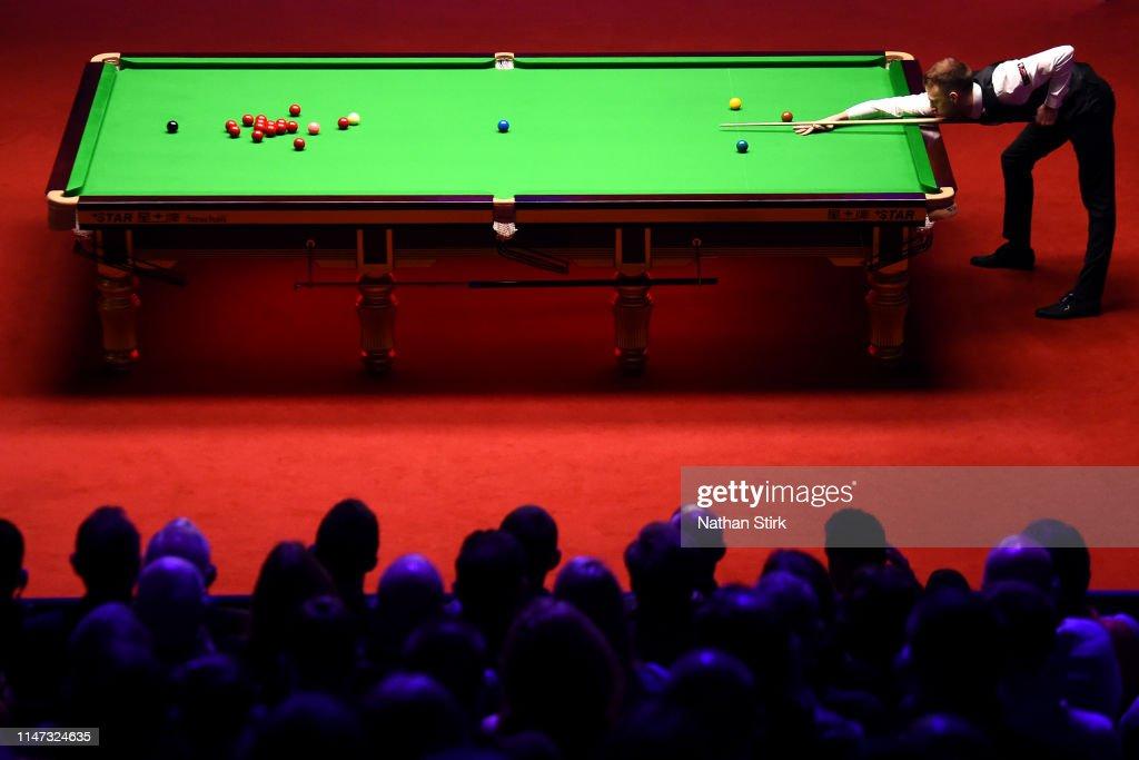 World Snooker Championship - Day 17 : News Photo