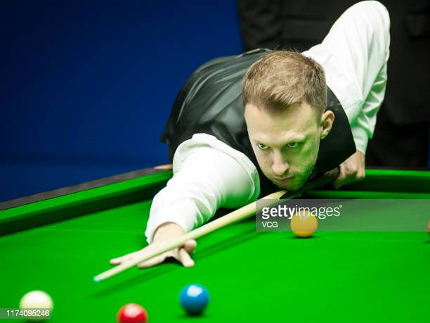 Judd Trump of England plays a shot in the quarter-final match against Mark Allen of Northern Ireland on day 4 of World Snooker Shanghai Masters 2019...