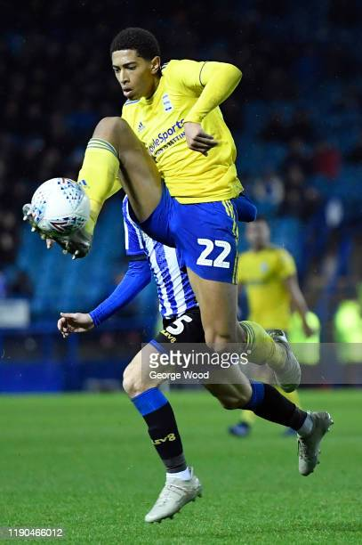 Jude Bellingham of Birmingham City controls the ball during the Sky Bet Championship match between Sheffield Wednesday and Birmingham City at...