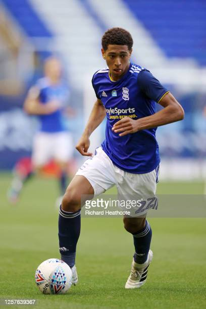Jude Bellingham of Birmingham City controls the ball during the Sky Bet Championship match between Birmingham City and Derby County at St Andrew's...