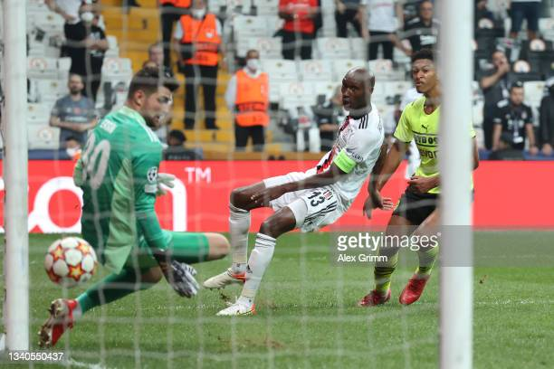 Jude Bellingham of Borussia Dortmund scores their side's first goal during the UEFA Champions League group C match between Besiktas and Borussia...