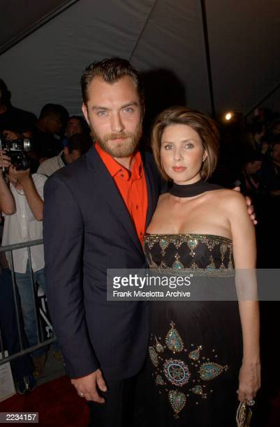Jude Law and wife Sadie Frost arrive at the premiere of the Dreamworks SKG film Road to Perdition at the Ziegfeld Theatre in New York City July 9...