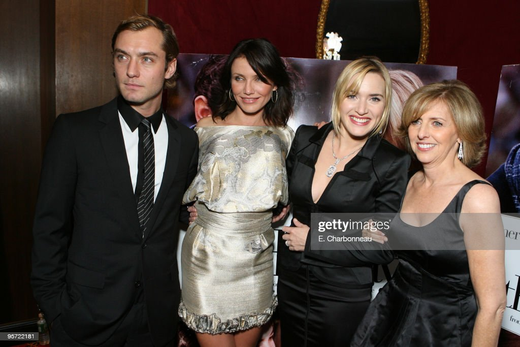 """Columbia Pictures and Universal Pictures Presents the World Premiere of """"The Holiday"""" : News Photo"""