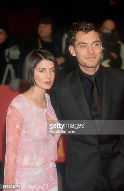 Jude Law with his wife Sadie Frost at the preview of 'The Talented Mr Ripley' by Anthony Minghella