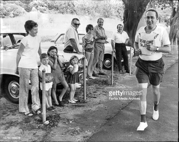 AJC Judge Alan Wicks waved off by his Family and Friends as hr starts his run around Centenial Park to Pay off a lost wager on the Golden SlipperAlan...