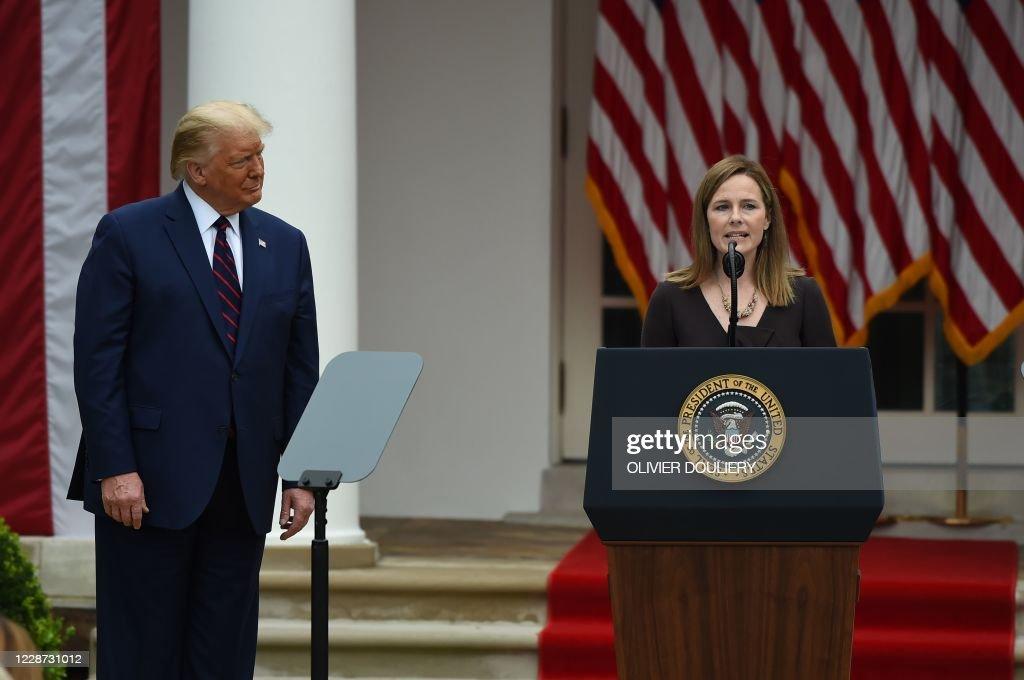 US-VOTE-COURT-TRUMP-BARRETT : News Photo