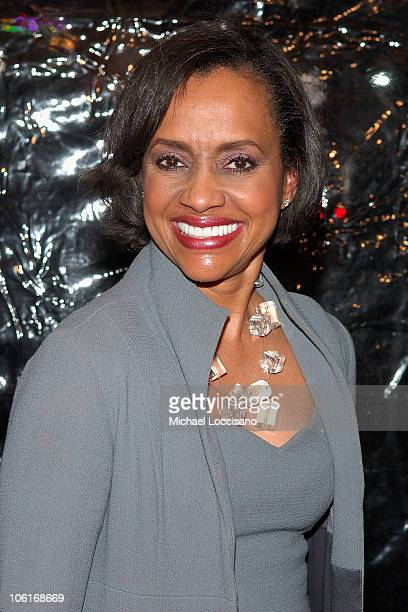 Judge Glenda Hatchett arrives to the New York Premiere Of American Gangster at The Apollo Theatre in Harlem New York City on October 19 2007