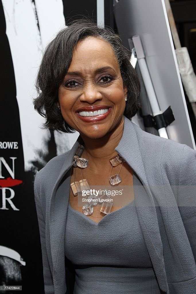 American Gangster Premiere Arrivals : News Photo