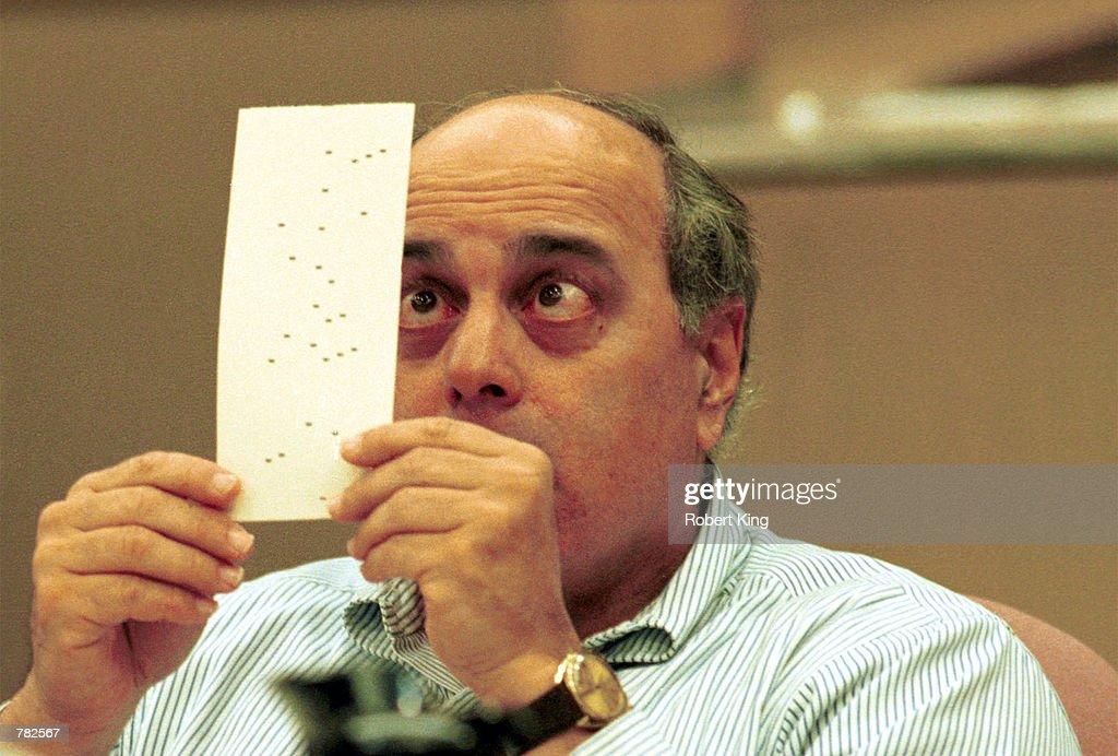 Robert Rosenberg with Ballot : News Photo
