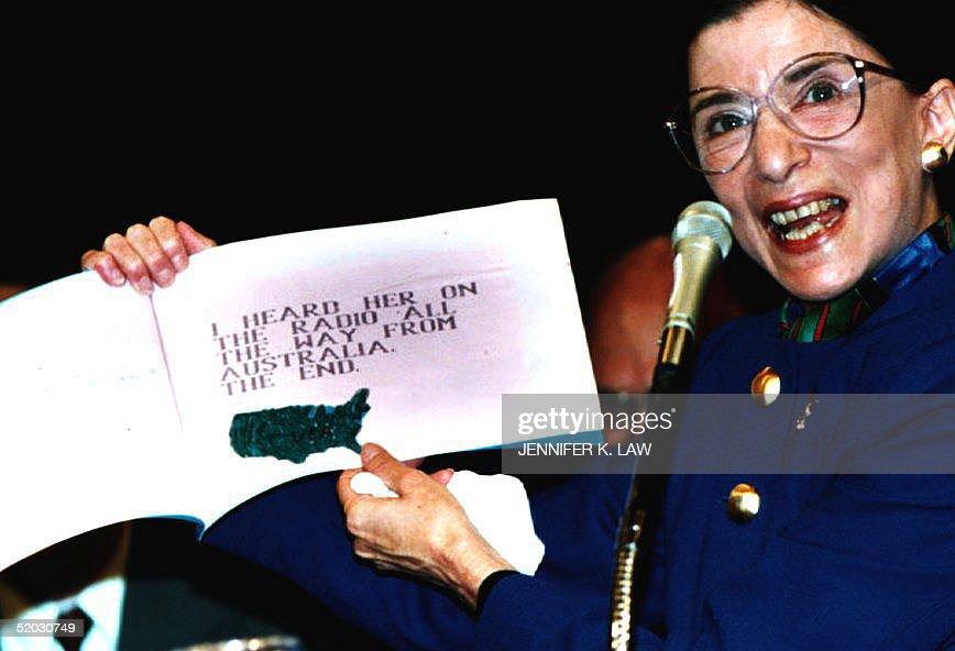 Judge Ruth Bader Ginsburg, U.S. President Bill Cli : Nachrichtenfoto