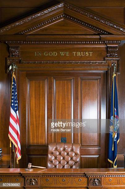 judge's bench in courtroom - court room stock pictures, royalty-free photos & images