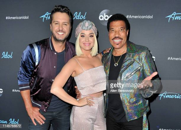 """Judges Luke Bryan, Katy Perry and Lionel Richie pose for a photo after ABC's """"American Idol"""" live show on April 28, 2019 in Los Angeles, California."""