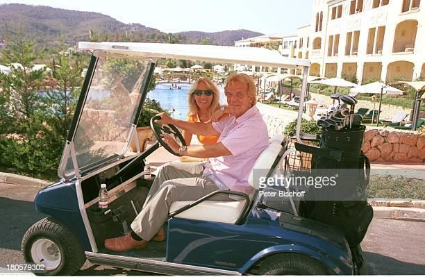Judith und Mel Jersey Camp de Mar/Mallorca/Spanien Golfplatz Golfschläger Golfkart Dorint 5Sterne Hotel