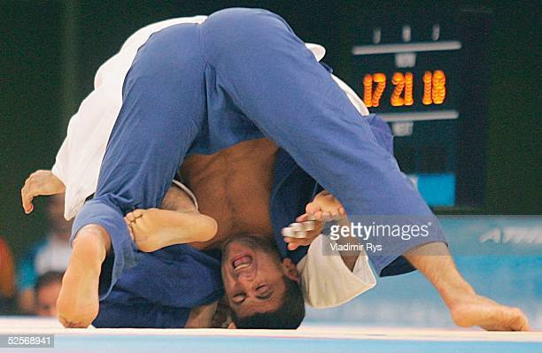 Judo: Olympische Spiele Athen 2004, Athen; -90kg / Maenner Finale; Zurab ZVIADAURI / GEO / Gold, Hiroshi IZUMI / JPN / Silber 18.08.04.