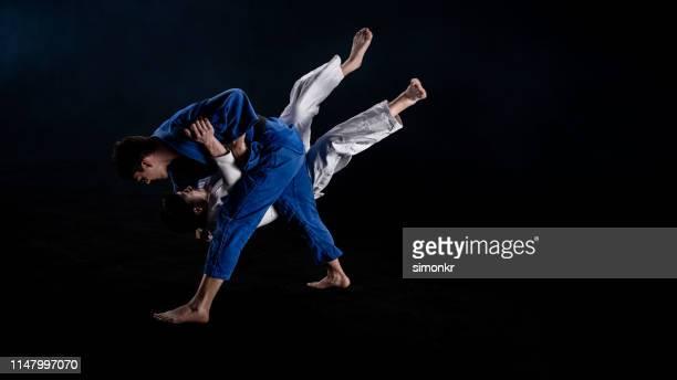 柔道の選手たちが参加 - 柔道 ストックフォトと画像