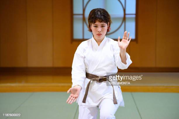 judo woman - obi sash stock pictures, royalty-free photos & images