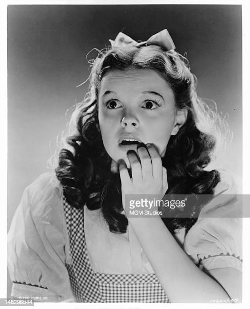 Judy Garland in costume for her role as Dorothy Gale in a scene from the film 'The Wizard Of Oz' 1939