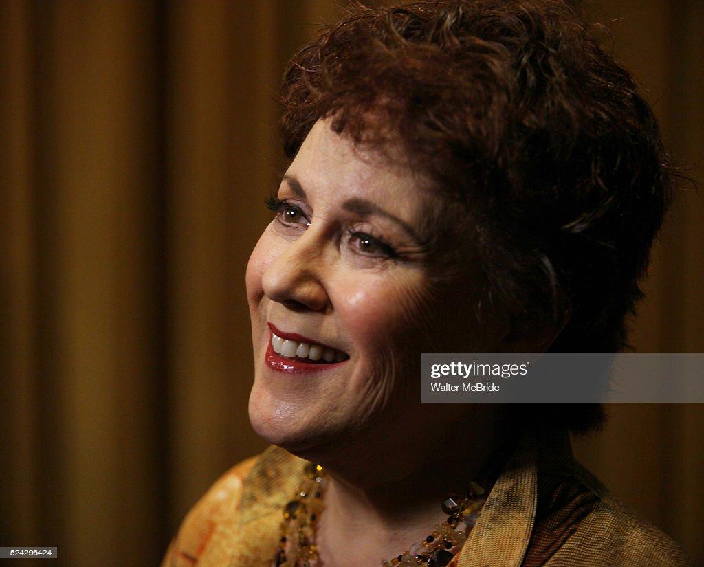 Shirley Booz