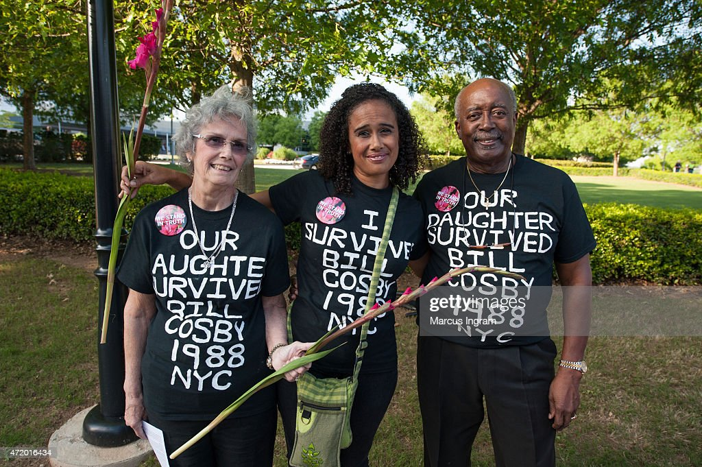 Judy Thompson, Kaya Thompson, and Bill Thompson gather with protestors outside of Bill Cosby's 'Far from Finished' Tour at Cobb Energy Performing Arts Center on May 2, 2015 in Atlanta, Georgia.