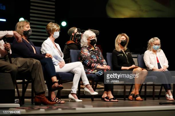 Judy Watson Lynda Sanchez Gladys Cross and Donna Pettis daughter of Don Lewis and Gale Rathbone share the stage during a news conference at...
