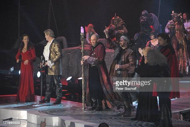 """Judy Weiss , Johnny Logan als """"König Arthur"""" , Michael Mendl , Alan Simon , Deutschlandpremiere """"Excalibur - Die musikalische Auferstehung einer..."""