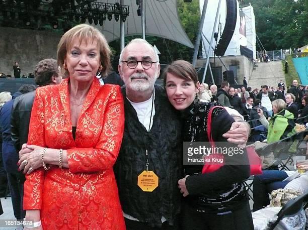 Judy Winter Udo Walz Meret Becker Beim B Streisand Konzert In Der Waldbühne In Berlin