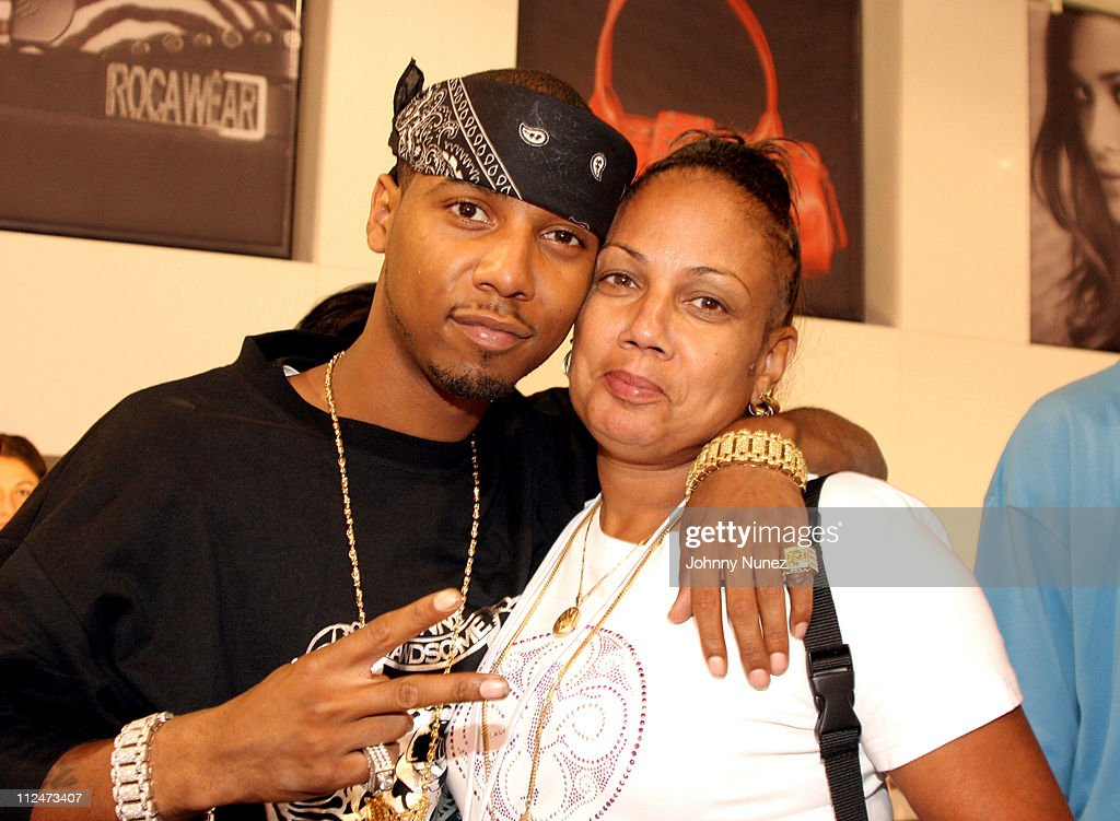 Juelz Santana and Mom during 2005 Magic Convention - Fall Season - Day 2 - Celebrity Sighting at Las Vages Convention Center in Las Vages, Nevada, United States.