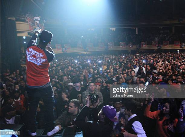 Juelz Santana performs during THe Dipset Reunion at Hammerstein Ballroom on November 26 2010 in New York City