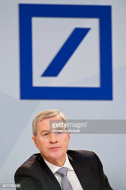 Juergen Fitschen attends Deutsche Bank annual press conference on January 28 2016 in Frankfurt am Main Germany It was announce that the Deutsche...