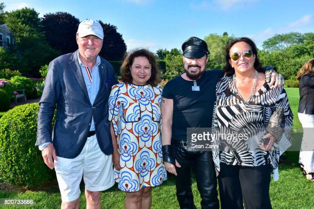 Juergen Friedrich Angie Samii Peter Marino and Anke Friedrich attend ARF in the Garden of Peter Marino at a Private Residence on July 15 2017 in...