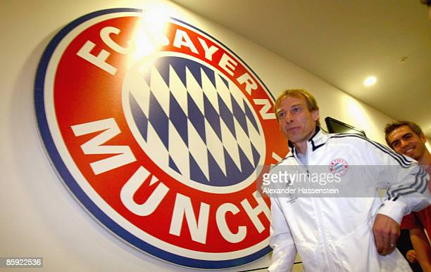 Juergen Klinsmann head coach of Bayern Muenchen arrives for a press conference at the Allianz Arena on April 13 2009 in Munich Germany Bayern...