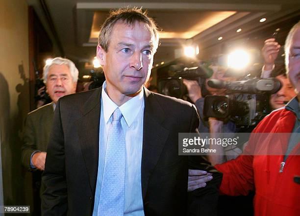 Juergen Klinsmann leaves a Bayern Munich press conference at the Arabella Sheraton hotel on January 11 2008 in Munich Germany Klinsmann was announced...