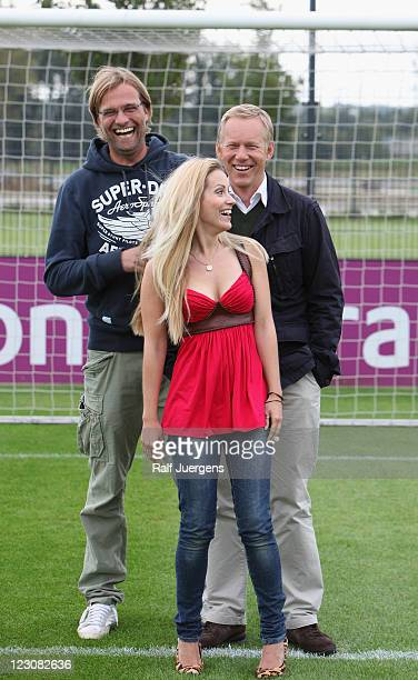 Juergen Klopp Andrea Kaiser and Johannes B Kerner attend 'ran' photocall on August 30 2011 in Dortmund Germany