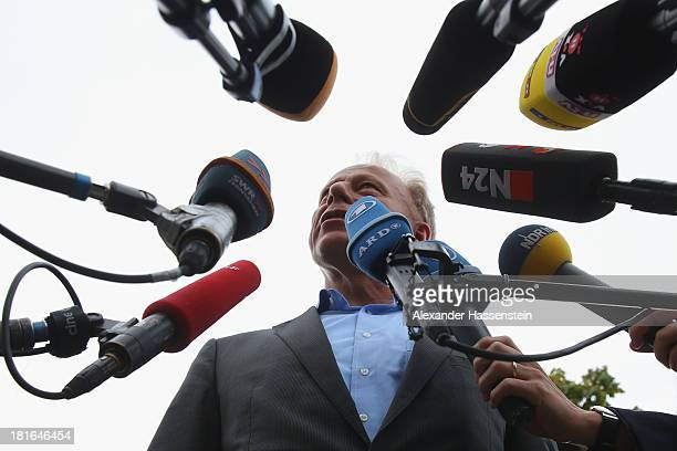 Juergen Trittin colead candidate of the German Greens Party talks to the media on September 23 2013 in Berlin Germany The German Christian Democrats...