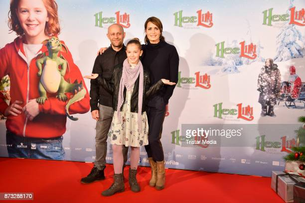 Juergen Vogel, Anja Kling and Hedda Erlebach attend the premiere of 'Hexe Lilli rettet Weihnachten' at Kino in der Kulturbrauerei on November 12,...