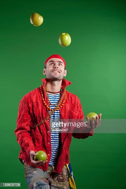 juggler performance - jongleren stockfoto's en -beelden