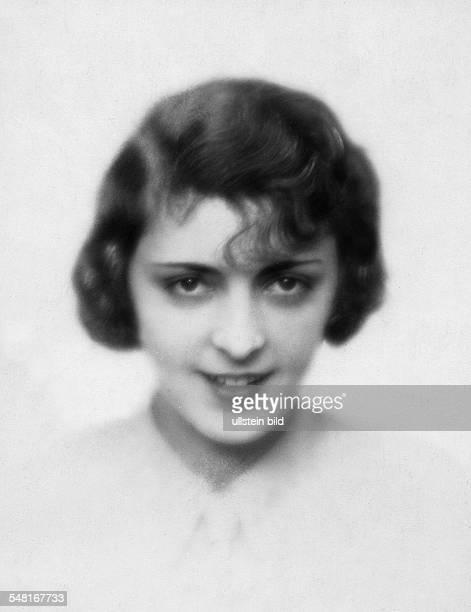 Jugo Jenny * Schauspielerin Oesterreich Portrait undatiert Foto Atelier Badekow