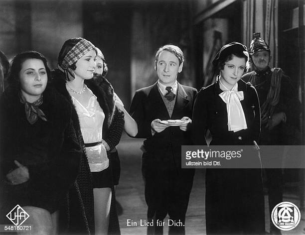 Jugo Jenny Actress Austria * Scene from the movie 'Ein Lied fuer Dich' with Paul Kemp Directed by Joe May Germany 1933 Produced by CineAllianz...