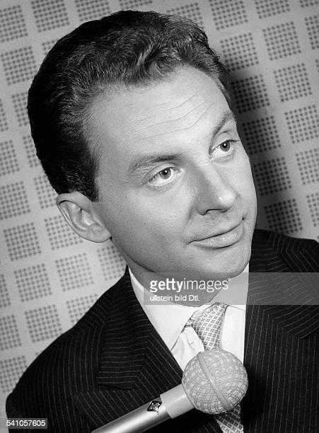 Juhnke Harald *Schauspieler Entertainer D Portrait 1956