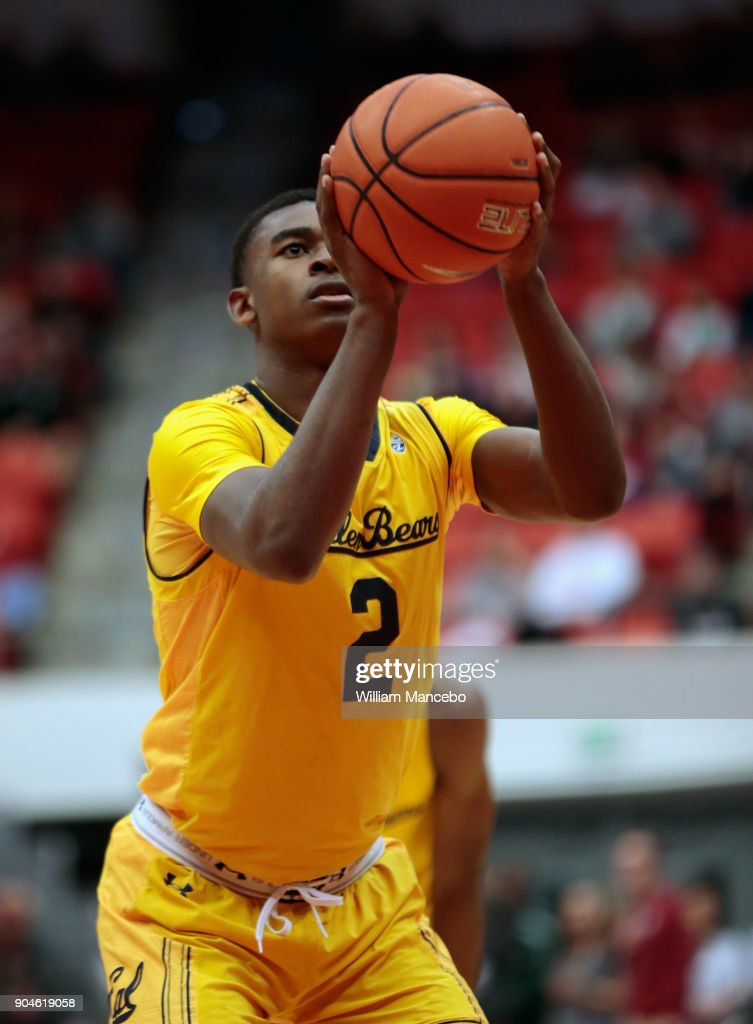 Juhwan Harris-Dyson #2 of the California Golden Bears takes a free throw in the second half against the Washington State Cougars at Beasley Coliseum on January 13, 2018 in Pullman, Washington. Washington State defeated California 78-53.