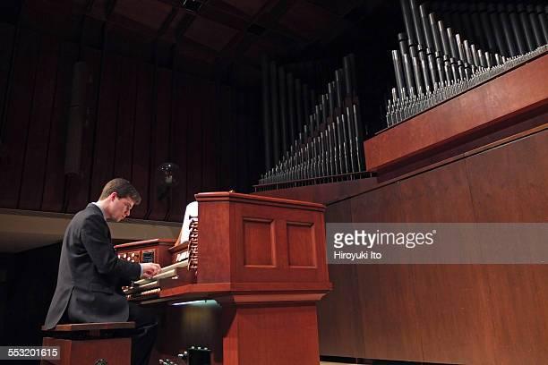Juilliard organists at Paul Hall on April 30 2015This imageAlex Pattavina