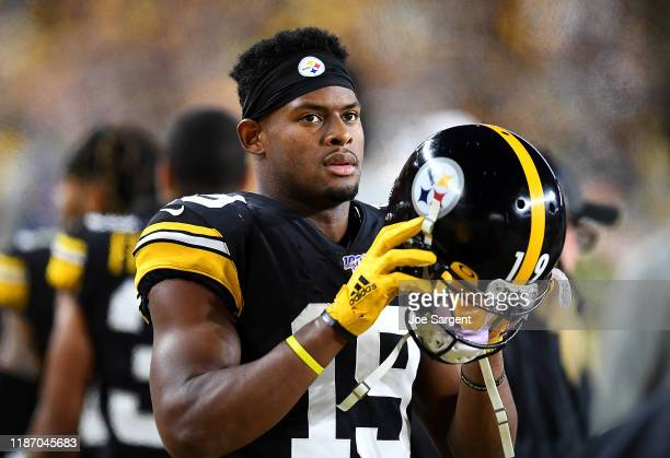 JuJu Smith-Schuster of the Pittsburgh Steelers looks on during the game against the Los Angeles Rams at Heinz Field on November 10, 2019 in...
