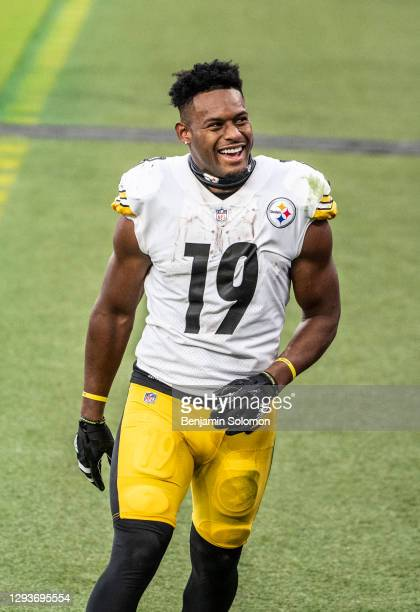 JuJu Smith-Schuster of the Pittsburgh Steelers reacts after beating the Baltimore Ravens at M&T Bank Stadium on November 1, 2020 in Baltimore,...