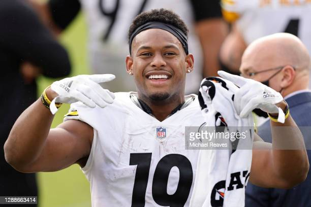 JuJu Smith-Schuster of the Pittsburgh Steelers reacts against the Jacksonville Jaguars at TIAA Bank Field on November 22, 2020 in Jacksonville,...