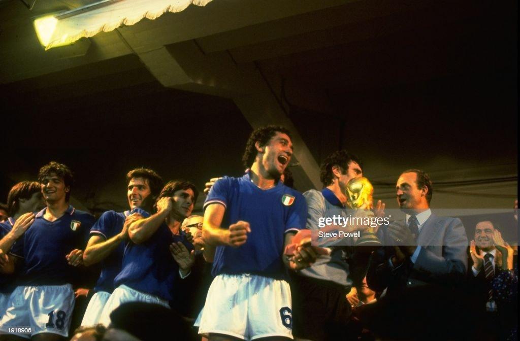 Dino Zoff of Italy : News Photo