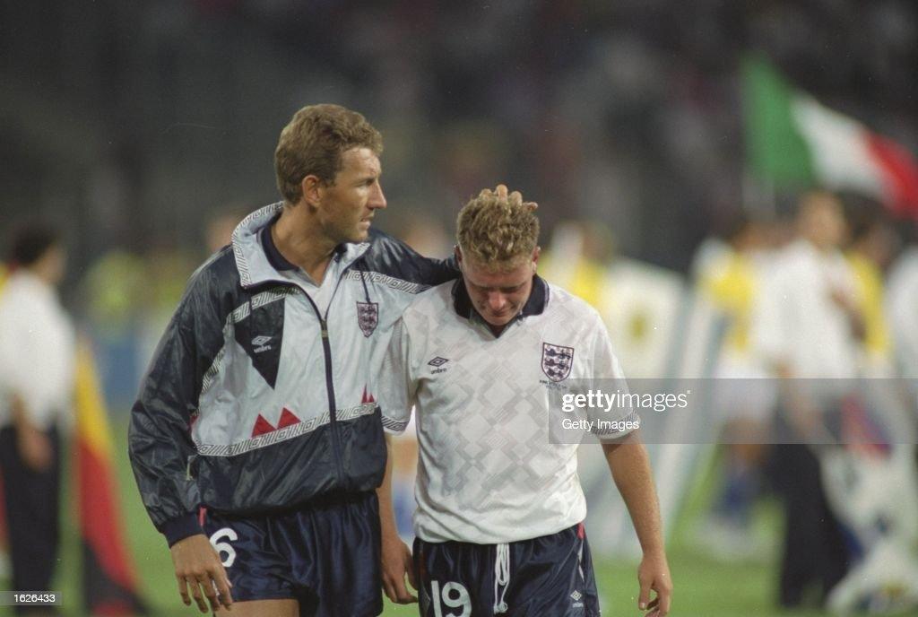 Terry Butcher and Paul Gascoigne of England : News Photo