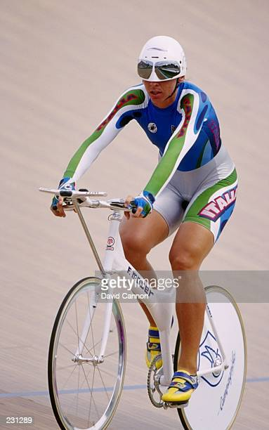 Antonella Bellutti in action during the womens individual pursuit qualifiers at the Stone Mountain Velodrome at the 1996 Centennial Olympic Games in...