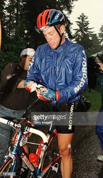 Lance Armstrong of America retires early into the stage during stage six of the Tour De France207kms from ArcEtSenans to AixLesBains Mandatory Credit...