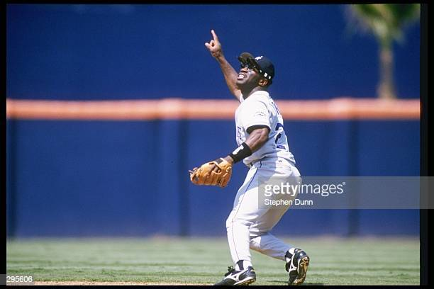 Second baseman Eric Young of the Colorado Rockies prepares to make a catch during a game against the San Diego Padres at Jack Murphy Stadium in San...
